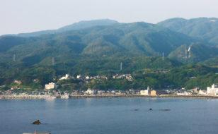 春日崎から鉱山町を望む(佐渡市相川地区)