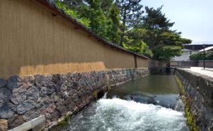 長町地内を流れる大野庄用水